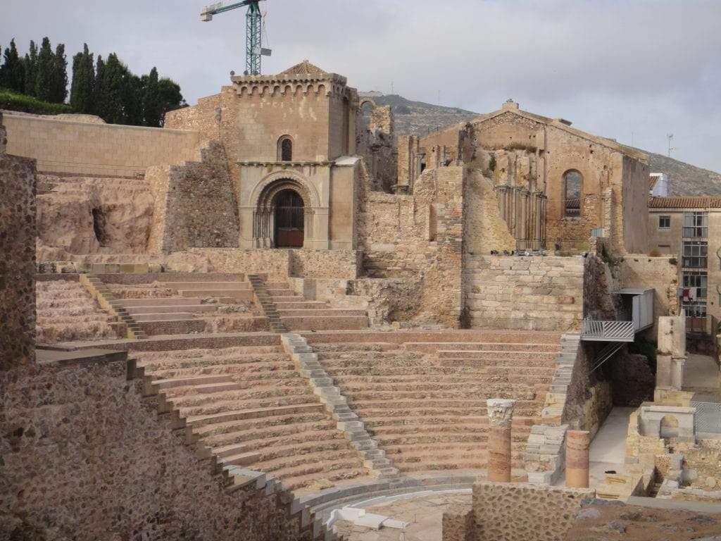 Teatro romano y catedral vieja de Cartagena