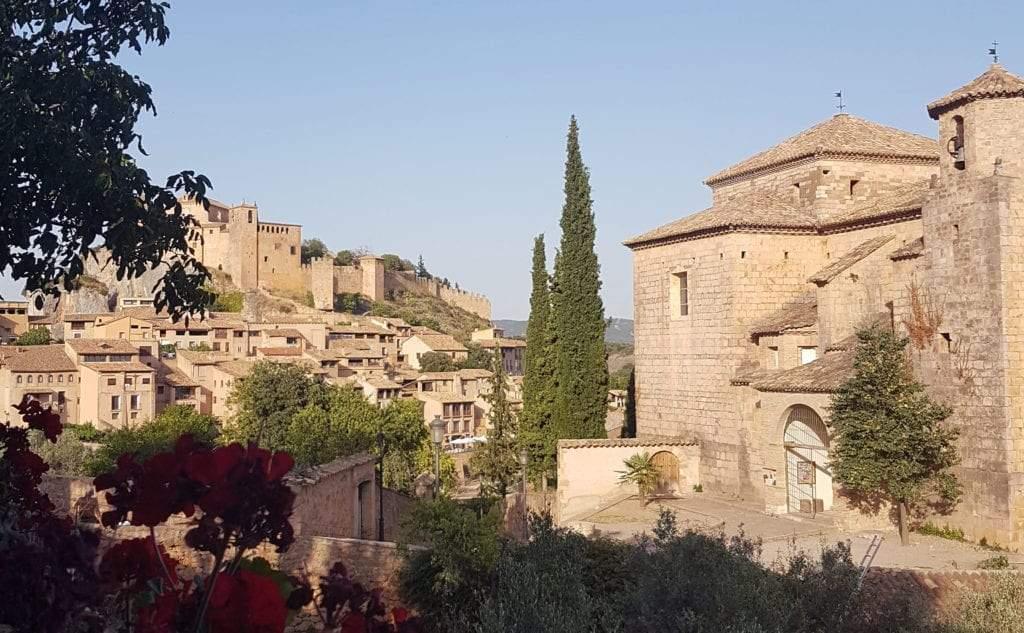 Alquézar pueblo del Somontano en Aragón Arquitectura para luchar contra el Coronavirus