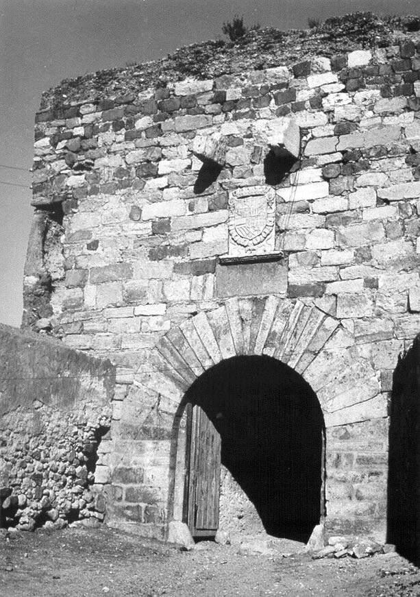 Puerta de la villa s.XIX